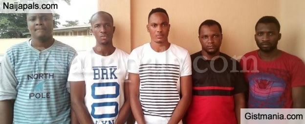 "PHOTO: 5 ""Yahoo Yahoo"" Lautech Students Caught And Handed Over To The EFCC For Internet Fraud"