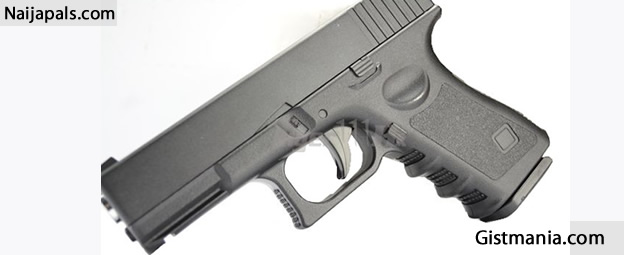 Female Student Caught With A Gun in MAPOLY