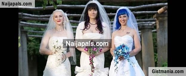 Three Lesbian Women Break Record To Become First Married Threesome Couple