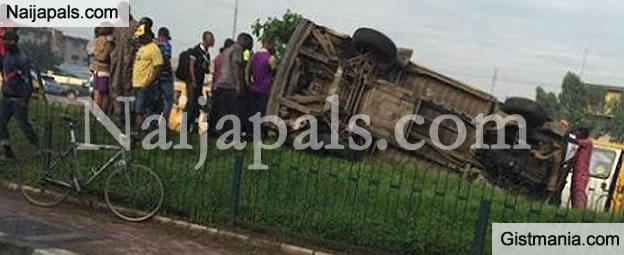 5 People Died Immediately After A Road Accident Occured Around Palmgrove, Lagos(PHOTOS)