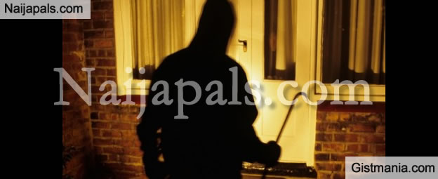 Rapist Or Burglar? 21 Year Old Student breaks Into Female Hostel, Stabs Guard in the Chest and Face