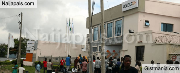 Pandemonium In Abuja As Robbers Shoot Sporadically, Cart Away N4.3m from Access Bank