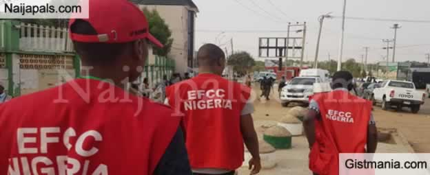 EFCC Finally Gives Reason For Raiding House Of Former Governor Of Lagos State, Ambode