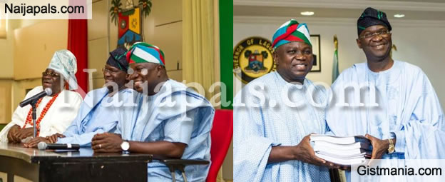 PHOTOS: Governor Babatunde Fashola Presents Handover Notes To Lagos Sate Gov-Elect, Akinwunmi Ambode