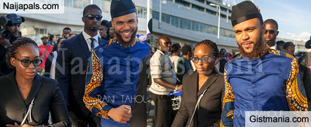 Jidenna 'The Classic Man' in Lagos! See The Music Star All Smiles As He Arrives The Airport - Photos