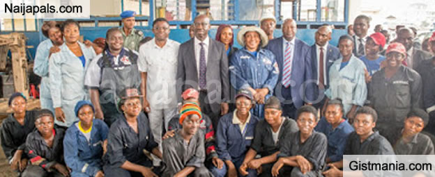 Governor Of Edo, Obaseki And His Deputy Spotted With Female Mechanics (PHOTOS)