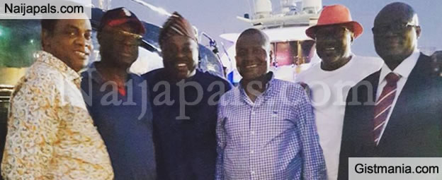 Rich Gang! Femi Otedola, Donald Duke, And Dele Momodu Hanging Out With Dangote (PHOTOS)