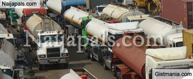 BREAKING: Oil Marketers Reportedly Reach Agreement with FG, Set To Begin Lifting Of Fuel In 6 Hours