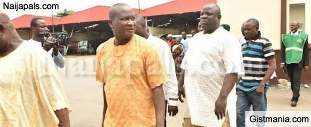 "Lagos Head of ""Omo Onile"", Sir K Oluwo Jailed In Ogun Prison"