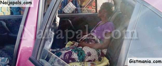 Confusion In Ogun Community As Woman Discharges Maggots From Private Part (Photo)